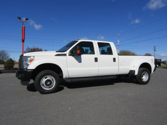 2013 Ford F350 Crew Cab Long Bed XL Dually 4x4 in Lancaster, PA, PA 17522