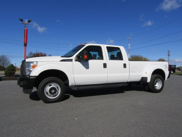 2013 Ford F350 Crew Cab Long Bed XL Dually 4x4