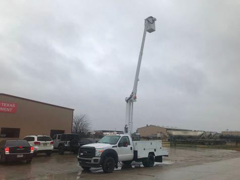 2013 Ford F450 BUCKET TRUCK   in Fort Worth, TX