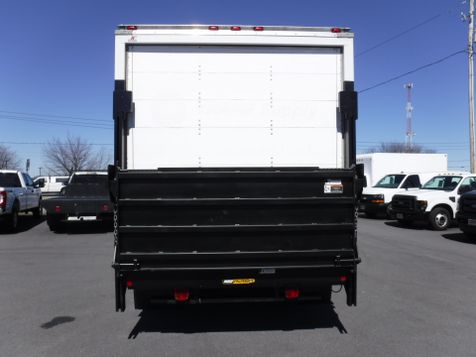 2013 Ford F450 16' Box Truck with Lift Gate in Ephrata, PA