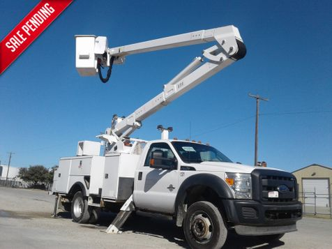 2013 Ford F550 45ft BUCKET TRUCK W/ MATERIAL HANDLER 4 HYDRAULIC OUTRIGGERS in Fort Worth, TX
