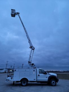 2013 Ford F550 bucket truck Lake In The Hills, IL 30