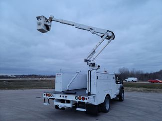 2013 Ford F550 bucket truck Lake In The Hills, IL 34