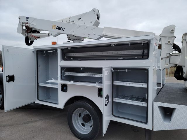 2013 Ford F550 bucket truck Lake In The Hills, IL 15