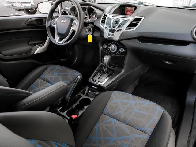 2013 Ford Fiesta SE Burbank, CA 11