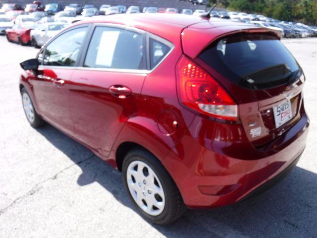 2013 Ford Fiesta SE Hatchback in Gower Missouri, 64454