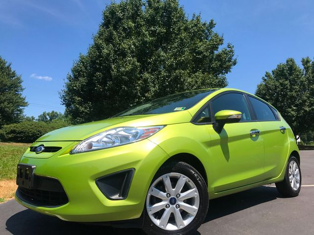 2013 Ford Fiesta SE in Leesburg Virginia, 20175