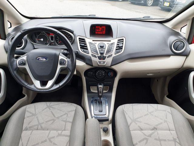 "2013 Ford Fiesta SE w/SYNC/Bluetooth/15"" Alloys in Louisville, TN 37777"