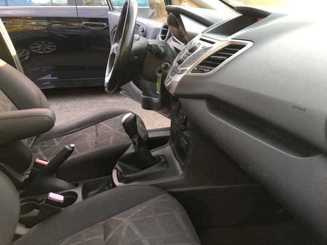 2013 Ford Fiesta SE New Brunswick, New Jersey 8
