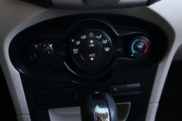 2013 Ford Fiesta SE Santa Clarita, CA 22