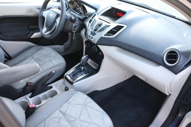 2013 Ford Fiesta SE Santa Clarita, CA 9