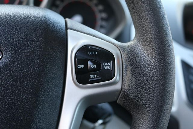 2013 Ford Fiesta SE Santa Clarita, CA 23
