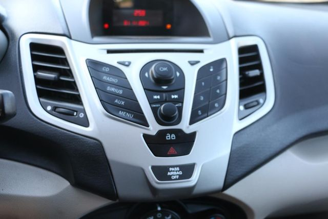 2013 Ford Fiesta SE Santa Clarita, CA 18