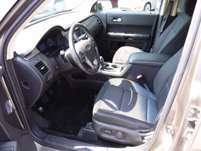 2013 Ford Flex SE in Gower Missouri, 64454