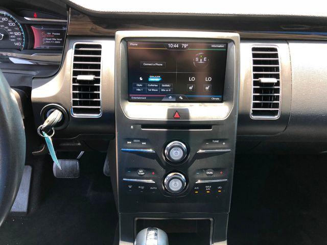 2013 Ford Flex SEL in Gower Missouri, 64454