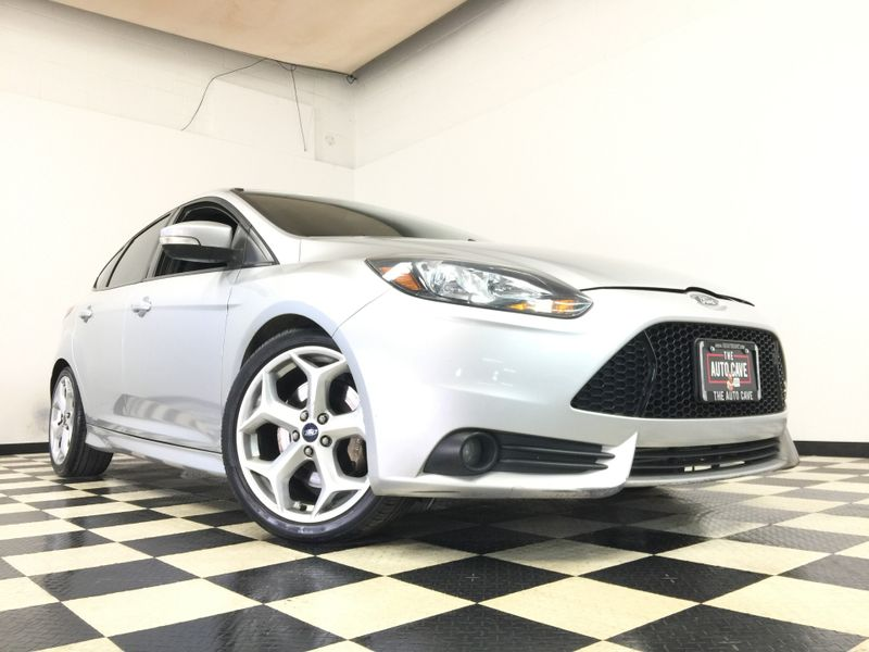 2013 Ford Focus *Affordable Payments*   The Auto Cave in Addison