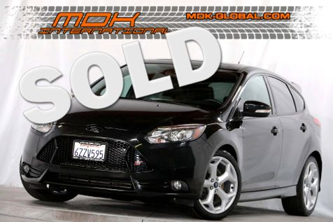 2013 Ford Focus ST - Sony Navigation - Full leather Recaro seats in Los Angeles