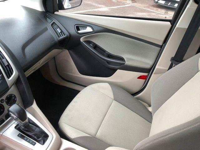 2013 Ford Focus SE Hatchbcak in Gower Missouri, 64454