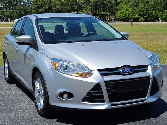2013 Ford Focus SE in Hope Mills, NC 28348