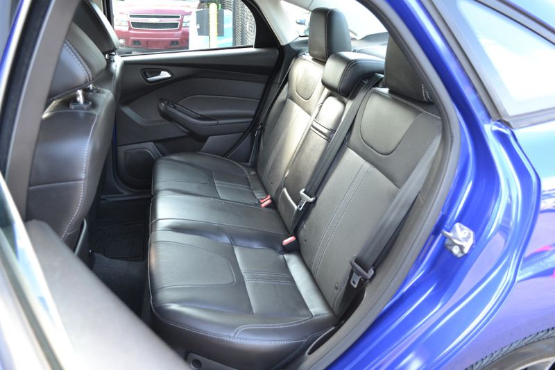 2013 Ford Focus SE  city New  Father  Son Auto Corp   in Lynbrook, New