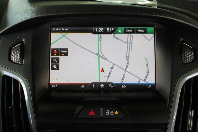2013 Ford Focus Titanium - NAVIGATION - SUNROOF - HANDLING PKG! Mooresville , NC 4