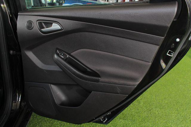 2013 Ford Focus Titanium - NAVIGATION - SUNROOF - HANDLING PKG! Mooresville , NC 42