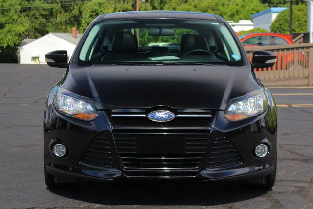 2013 Ford Focus Titanium - NAVIGATION - SUNROOF - HANDLING PKG! Mooresville , NC 17