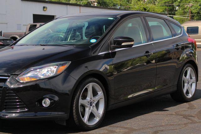 2013 Ford Focus Titanium - NAVIGATION - SUNROOF - HANDLING PKG! Mooresville , NC 28