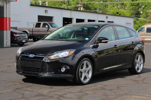 2013 Ford Focus Titanium - NAVIGATION - SUNROOF - HANDLING PKG! Mooresville , NC 24