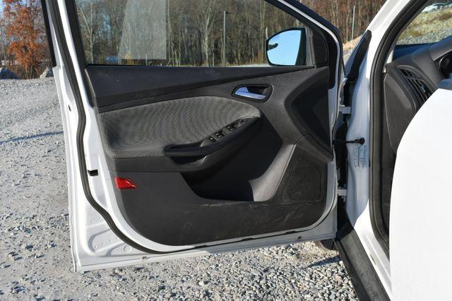 2013 Ford Focus SE Naugatuck, Connecticut 17