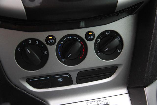 2013 Ford Focus SE Santa Clarita, CA 22