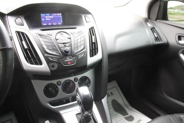 2013 Ford Focus SE Santa Clarita, CA 19