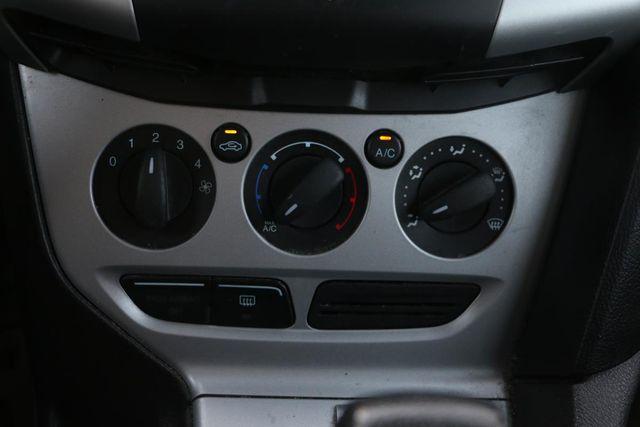 2013 Ford Focus SE Santa Clarita, CA 24