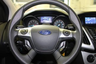 2013 Ford Focus Se LOW MILE GEM, SERVICED, READY. PRICED RIGHT! Saint Louis Park, MN 3