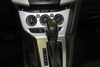 2013 Ford Focus Se LOW MILE GEM, SERVICED, READY. PRICED RIGHT! Saint Louis Park, MN 12