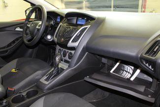 2013 Ford Focus Se LOW MILE GEM, SERVICED, READY. PRICED RIGHT! Saint Louis Park, MN 23