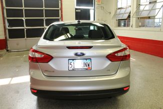 2013 Ford Focus Se LOW MILE GEM, SERVICED, READY. PRICED RIGHT! Saint Louis Park, MN 5