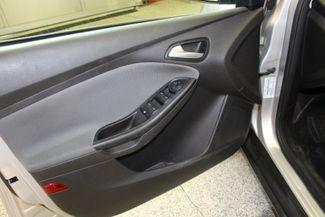 2013 Ford Focus Se LOW MILE GEM, SERVICED, READY. PRICED RIGHT! Saint Louis Park, MN 7