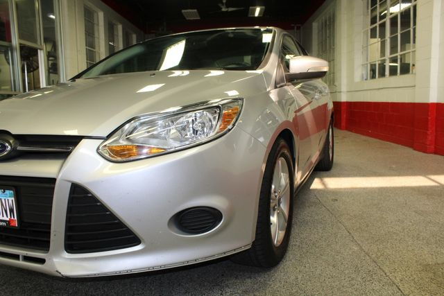 2013 Ford Focus Se LOW MILE, WINTER READY. PRICED RIGHT! Saint Louis Park, MN 32
