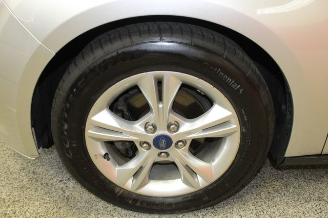2013 Ford Focus Se LOW MILE, WINTER READY. PRICED RIGHT! Saint Louis Park, MN 36