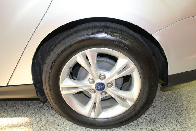 2013 Ford Focus Se LOW MILE, WINTER READY. PRICED RIGHT! Saint Louis Park, MN 37