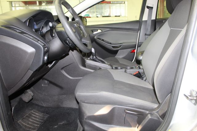 2013 Ford Focus Se LOW MILE, WINTER READY. PRICED RIGHT! Saint Louis Park, MN 8
