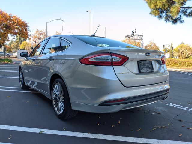 2013 Ford FUSION SE ((**NAVIGATION & BACK-UP CAMERA**)) in Campbell, CA 95008