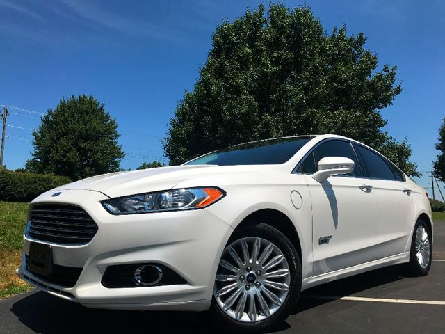 2013 Ford Fusion Energi Titanium in Leesburg Virginia, 20175