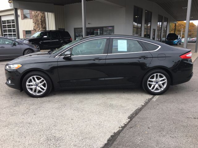2013 Ford Fusion SE in Gower Missouri, 64454