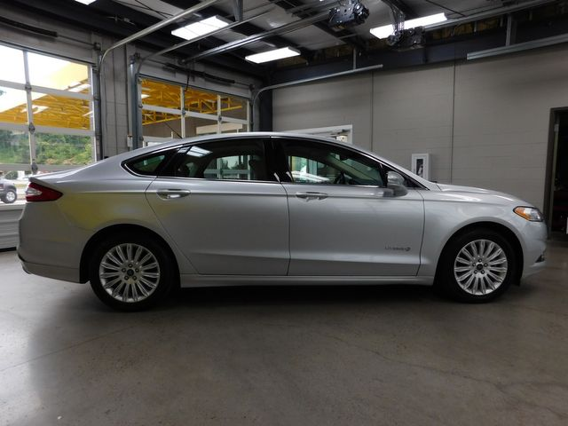 2013 Ford Fusion Hybrid SE in Airport Motor Mile ( Metro Knoxville ), TN 37777