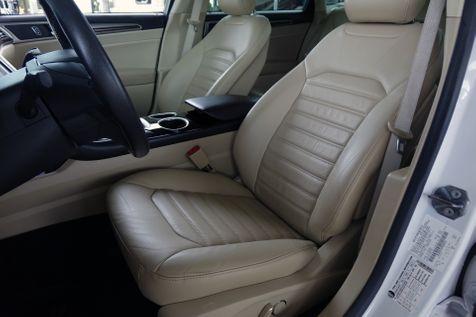 2013 Ford Fusion Hybrid SE*Nav*BU Cam*Sunroof*Leather* EZ Finance** | Plano, TX | Carrick's Autos in Plano, TX