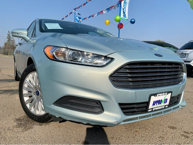 2013 Ford Fusion Hybrid SE in Sanger, CA 93567
