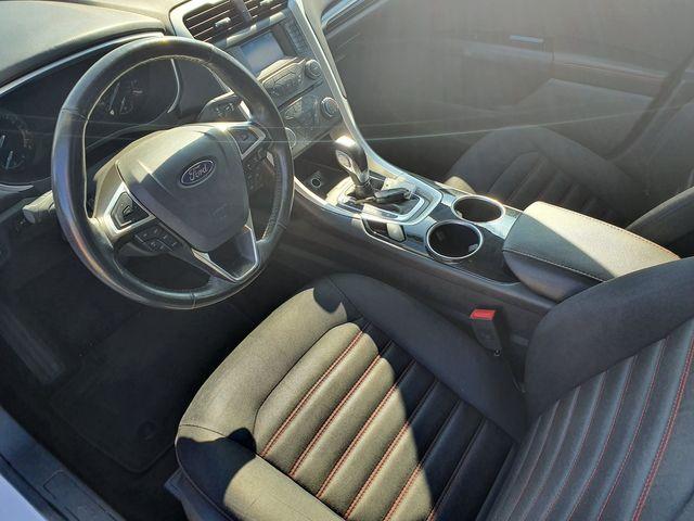 """2013 Ford Fusion SE 1.6L Turbo w/SYNC/18"""" Alloys in Louisville, TN 37777"""