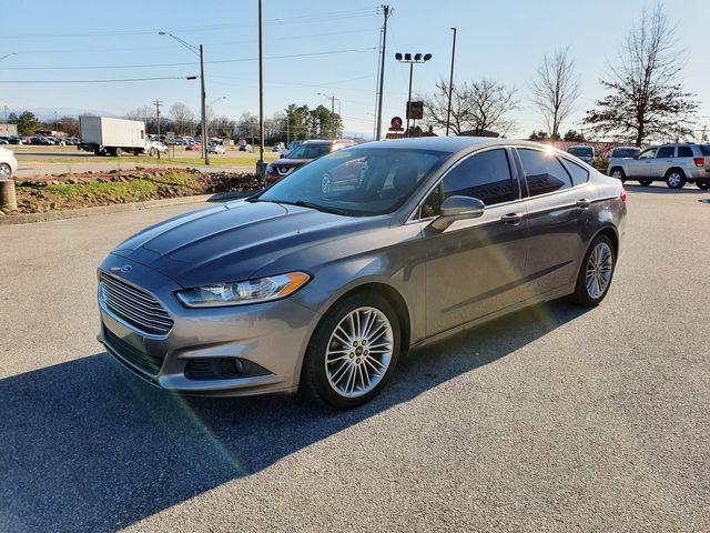 "2013 Ford Fusion SE w/SYNC/Leather/Sunroof/18"" Alloys in Louisville, TN 37777"